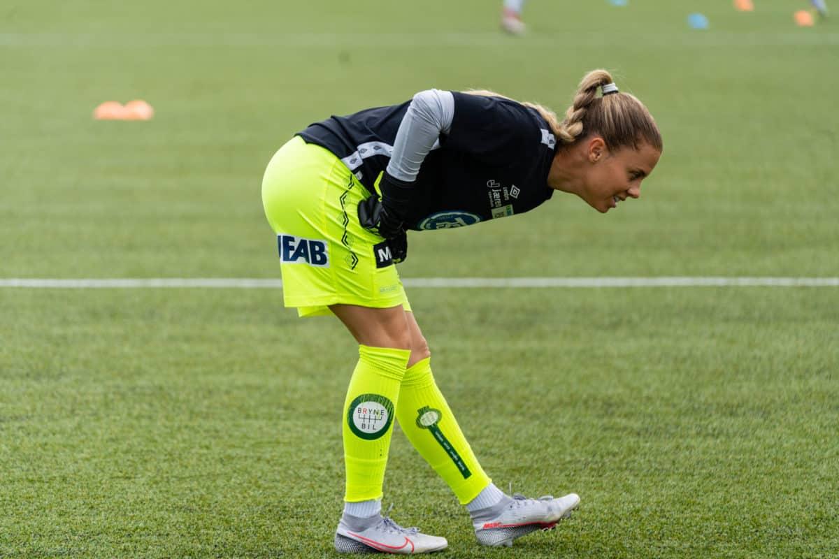 Adelaide Gay mot Rosenborg Kvinner